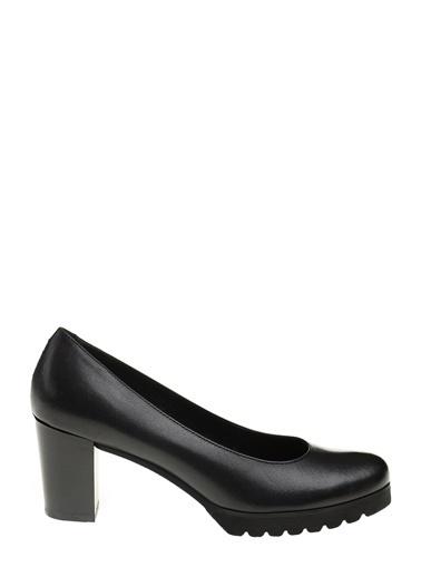 Divarese Deri Kalın Topuklu Ayakkabı Siyah